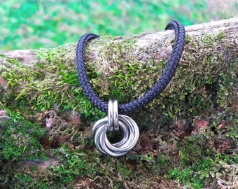 Little Love Knot: Stainless steel Mobius pendant chainmaille necklace rosette on black paracord