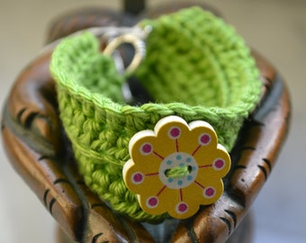 bracelet for girls with a flower