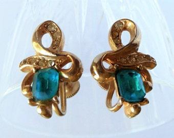Vintage Faux Emerald Rhinestone Earrings, Gold Tone Green Earrings, Mid Century Earrings, Screw Back Earrings, Art Deco, Gift For Her,1950s'