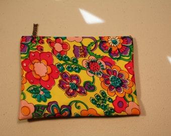 Vintage retro mod 60's cosmetic case bag hippy flower power travel yellow pink purple green