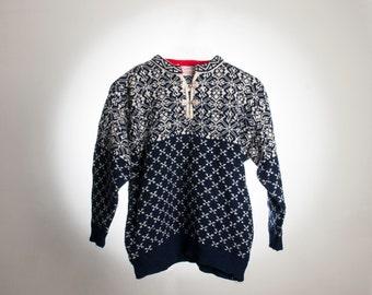 Vintage Nordic Scandinavian Wool Jumper