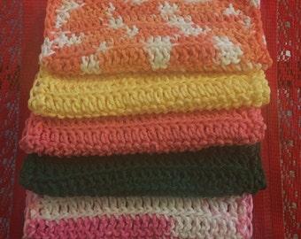 crocheted wash cloth
