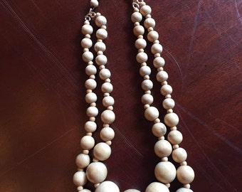 Vintage, wodden beaded necklace