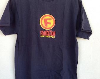 Foundation Skateboard tshirt M