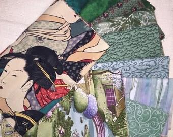 10* Bright Green Fun Multi Color Print Style 100% Cotton Fat Quarter Bundle E433