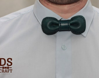 Stitched Leather bow tie BLUE