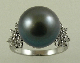 Tahitian Black 12.1MM Pearl Ring with Diamonds 0.34ct 18k White Gold