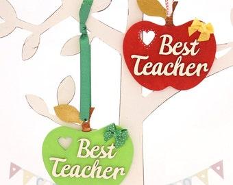 Hanging wooden Teachers Apples, Teacher gifts, Red & Green Apples