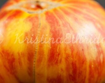 Heirloom Tomato  (9820 still life)
