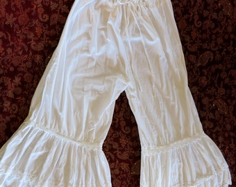 SCULLY VINTAGE BLOOMERS, White Cotton Ruffles and Lace, Size L,