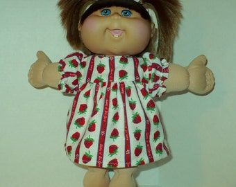 14 in CPK Flannel Nightgown with Strawberries