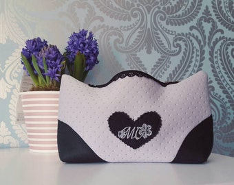Cosmetic/ makeup bag from neoprene.