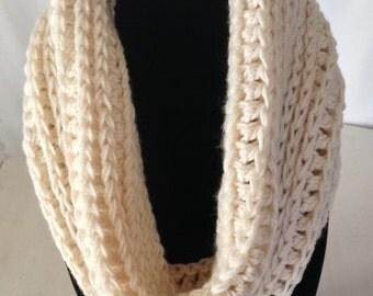 Crocheted Cowl in Cream