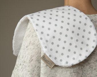 KraftKids burp cloth - grey dots on white