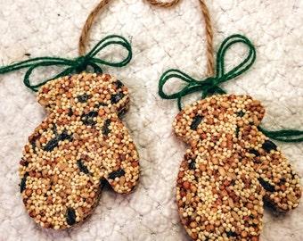 Birdseed Ornament Gift Box, mittens, coworker gift, hostess gift, Christmas gifts, Christmas ornaments