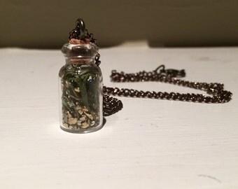 Golden Moss Jar Necklace