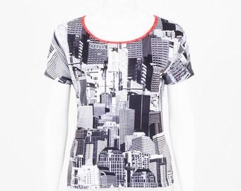 Printed T-shirt city - made in Quebec - cut casual, comfortable jersey, short sleeve, high Karkass woman, urban ground Manhattan