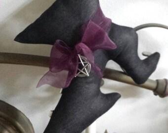 Gothic Witches Shoe door hanger
