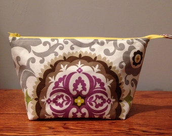Purple Medallion Canvas Zippered Pouch