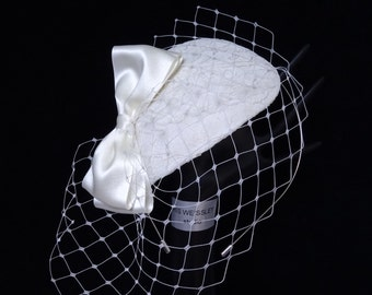 Ivory lace teardrop fascinator bridal hat birdcage veil satin bow 40s 50s retro vintage style bridal headpiece