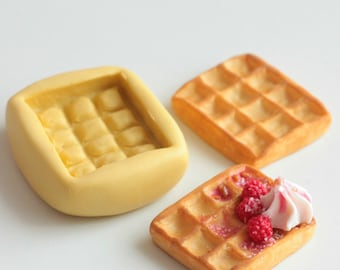 Silicone mold waffle 2.1 cm. Miniature polymer clay, resin, airclay, creation