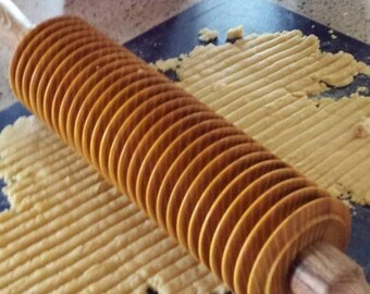 Noodle Cutter Rolling Pin