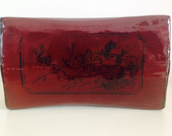 Rare leather lacquer China 19th pillow decorated with Chinese ink landscapes