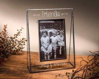 J. Devlin Pic 319 4x6 5x7 or 8x10 Horizontal or Vertical Personalized Glass Photo Frame- Friends EP-504