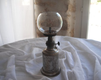 """""""Les Hirondelles"""" Pigeon lamp in mineral"""