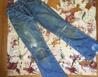1970s Wrangler bell-bottoms jeans size 25