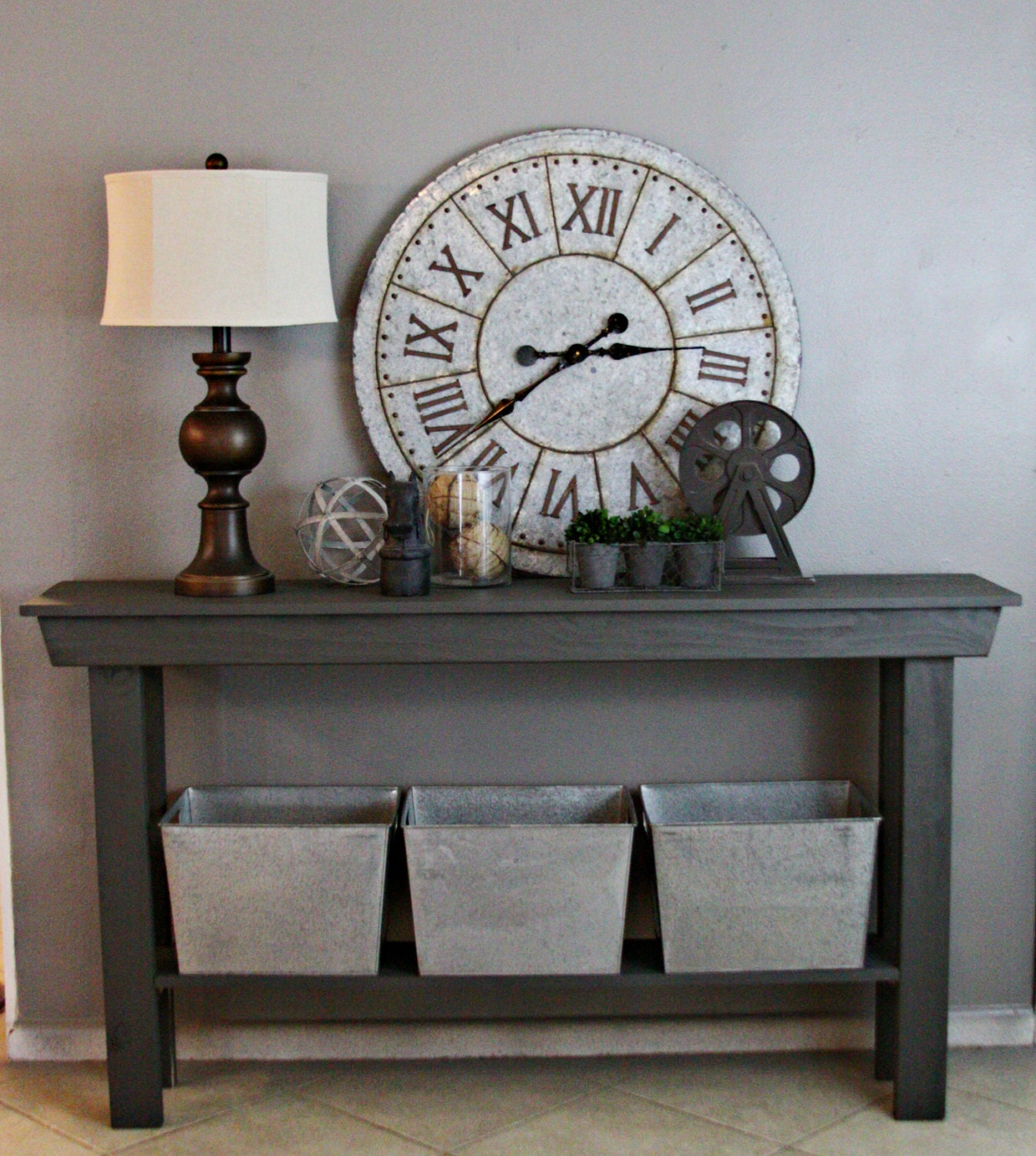 Foyer Table Farmhouse : Entry table farmhouse decor