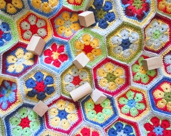 Crochet Circle Hexagon Blanket