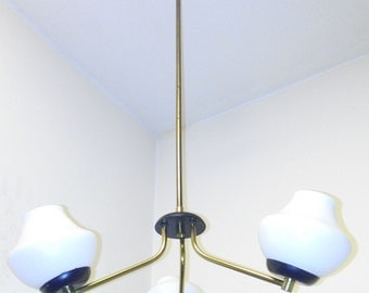 Stilnovo chandelier 3 luci brass opaline glass Made in Italy 1950s