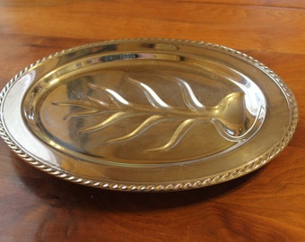 Vintage WM Rogers Large Silverplated Meat Carving Oval Footed Platter