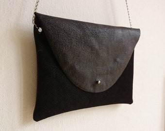 Small leather purse with chain strap