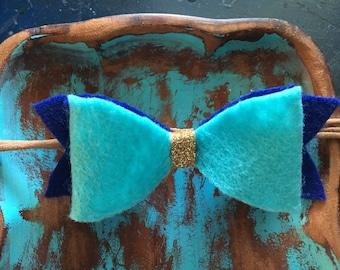 Felt double bow headband on nylon