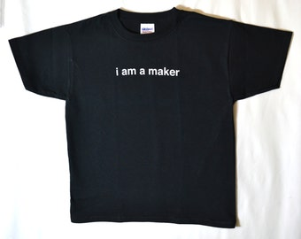 i am a maker - Youth - T-Shirt