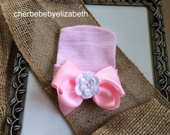 Beautiful Newborn Crocheted flower bow Beanie with pearl center, white hat w/ bow and flower, shower gift, Hospital Hat