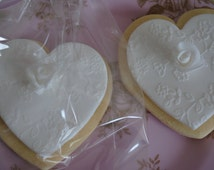 Heart Cookies//Iced Biscuits/ Wedding Favours/ Edible Gift/Wedding Biscuits