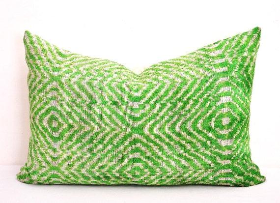 Green Ikat Throw Pillow : Green Ikat pillow-Throw silk velvet pillow Ikat throw