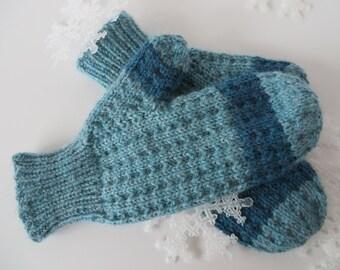 HAND KNIT Teal MITTENS / Hand knit mittens / Handmade Mittens / Two Tone Mittens / Blue Mittens / Striped Mittens (Mitt105)