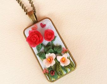 Collana con ciondolo Il giardino delle rose