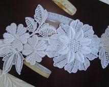 White Wedding Garter, Lace  Bridal Garter, Wedding Garter Set, Yellow Flower Garter, Wedding Clothing, White Bridal Gift, Handmade Garter
