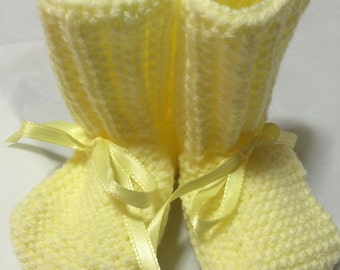 Yellow baby booties #1071