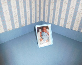 "Tuppercraft 5"" x 7"" Picture Frame in Blue"