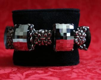 Handmade Reflecting Crystal Bracelet