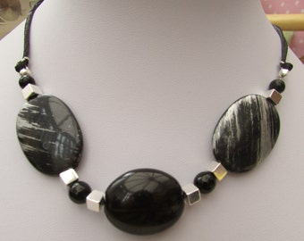 Black and silver acrylic beaded necklace