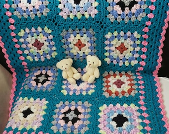 Baby crochet blanket. Baby Shower Gift. Bright colors baby crochet blanket. Granny square crochet blanket. Baby Girl crochet blanket.