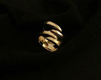 Gold Claw ring (Shera) // handmade