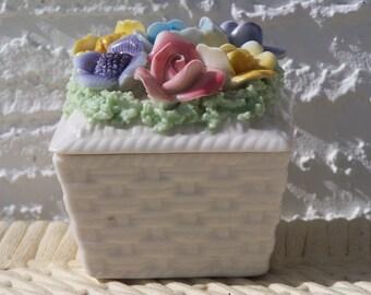 I.W.Rice Capodimonte Style Trinket Box